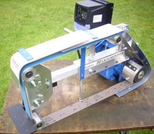 Direct drive maxigrinder front