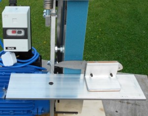 Comes complete with table extension and jog. Table can be set at various angles for very accurate bevels